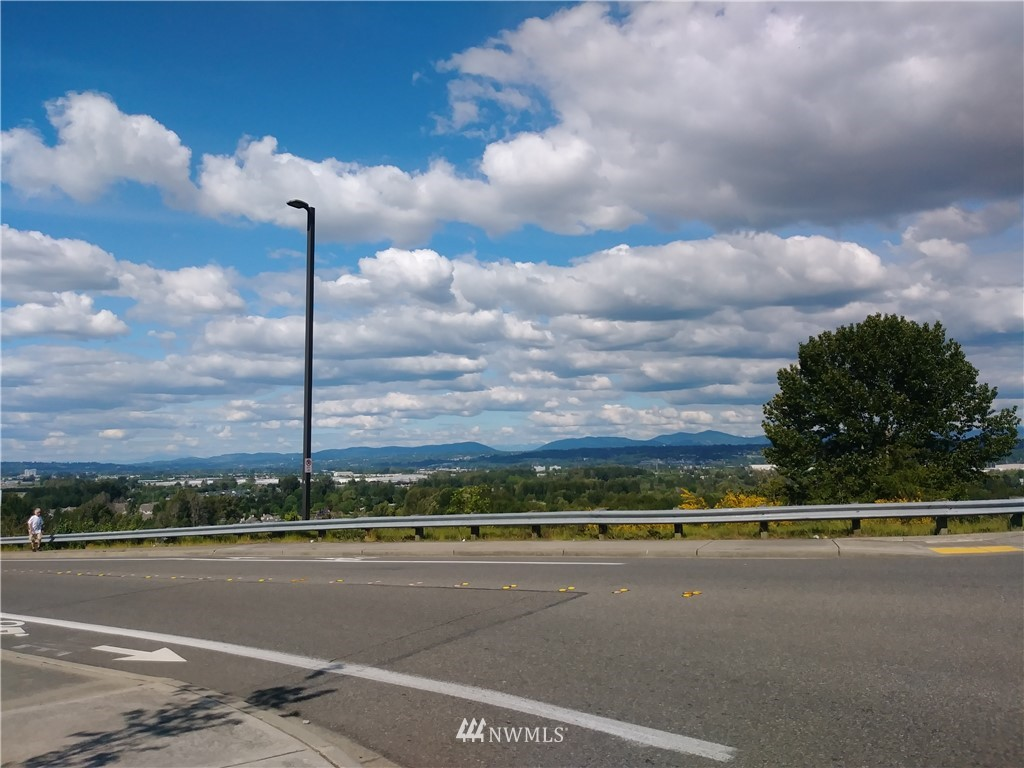 26241 Military Road S, Kent, WA 98032